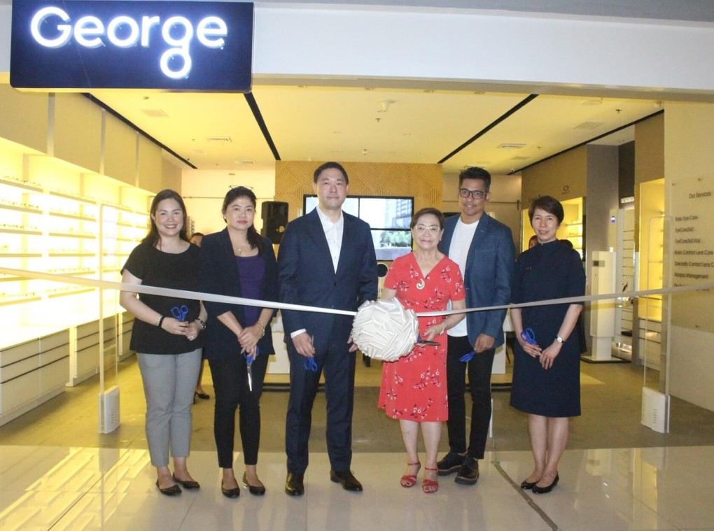George-Optical-Ribbon-Cutting